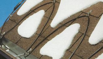 Jumta apsildes kabeļu uzstādīšana